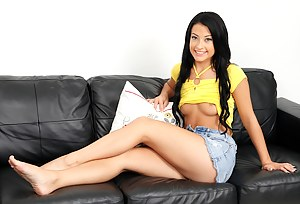 Teen Legs Porn Pictures